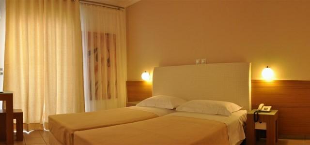 room-fasianos (1)